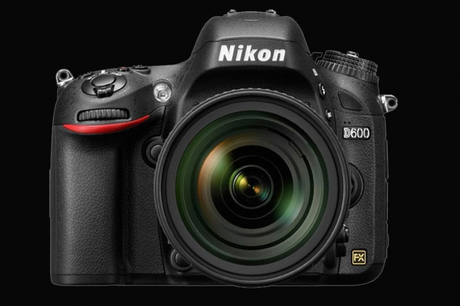 Nikon Will Replace Defective Nikon D600 if the Spot Issue Is Not Fixed