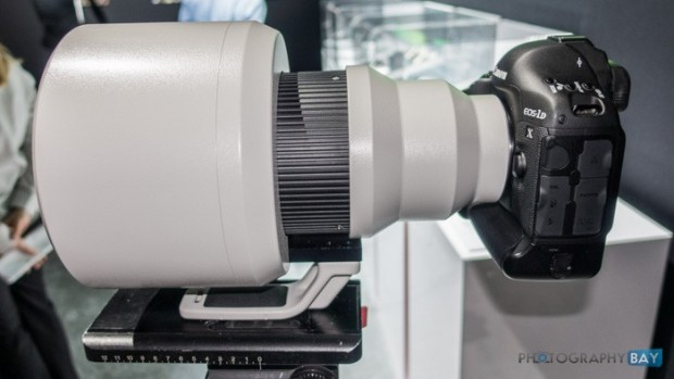 Canon ef 600mm f 4l is do br usm lens prototype at canon expo