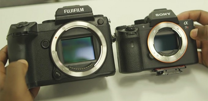 Fujifilm-GFX-50S-vs-Sony-a7RII-Size-Comparison