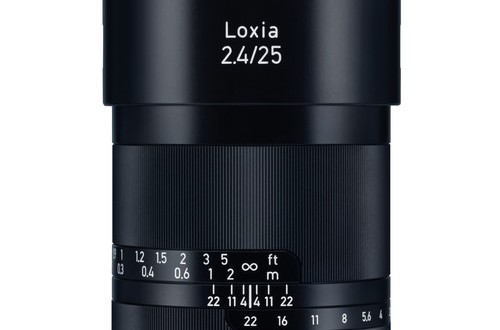 Zeiss-Loxia-25mm-f2.4-Lens-for-Sony-E-Mount
